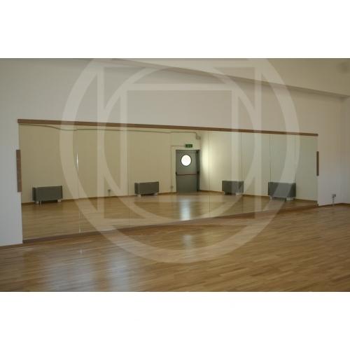 specchio per parete : Specchio a parete per ginnastica antinfortunistico