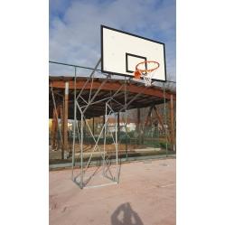 Basketballanlage aus verzinktem Stahl