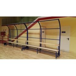 Schutzvorrichtungen für Schiedsrichtertische und Bänke