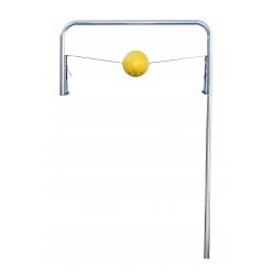 Trainingsgerät für Ball mit Elastikbänder