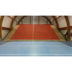 Telescopic grandstand for indoor