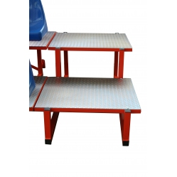 Step for compact stand S101