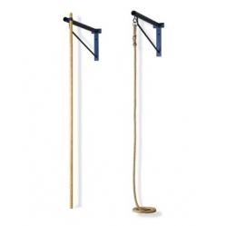 Shelf for climbing pole