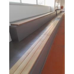 Listoni in legno per tribune