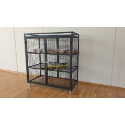 Armadio porta attrezzi in rete verniciata dim.cm.153x76x165h.