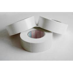 Nastro in PVC per linee di gioco di colore bianco