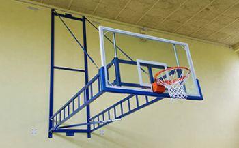 wand-basketballanlage-castelfranco-turnhalle