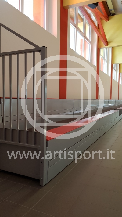 fixed grandstand indoor municipality tuenno