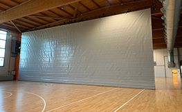 Realization of dividing curtain for Palasport