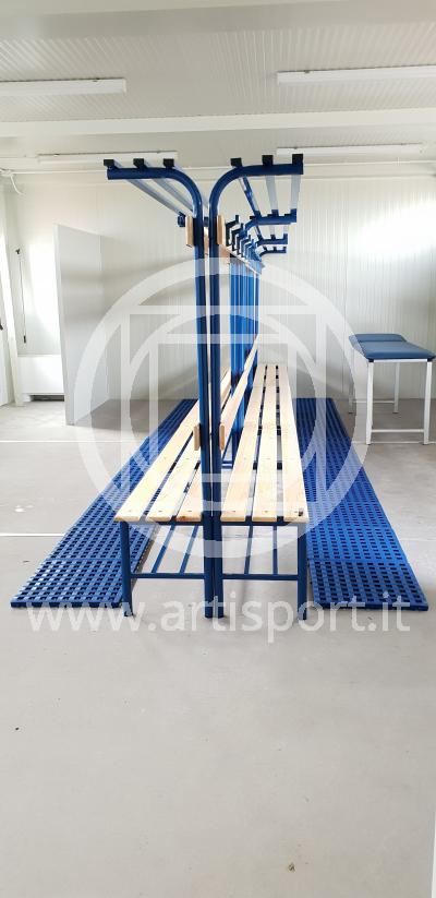 installazione_panchine_spogliatoi_artisport