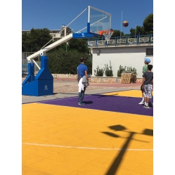 Manual oil-pressure basketball facility, FIBA approved, overhang cm.330